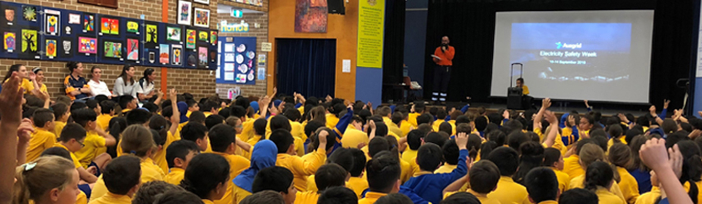Ausgrid attends Electricity Safety Week at school